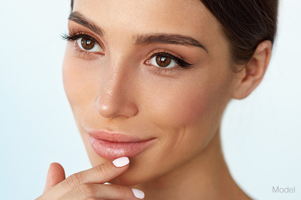 Defined Facial  Contours Featured Model
